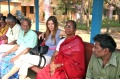 Dagmar Vogl with Bindu artists Krishnamurti, Malagai and Ballachandran waiting for the bus at the Vivekananda camp