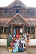 Werner Dornik and Dagmar Vogl with Bindu-Art School artists in the Padmanahapuram Palace