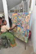 Sundari works on a bigger format